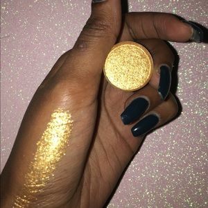 Other - Goal Digger Eyeshadow 💛💫
